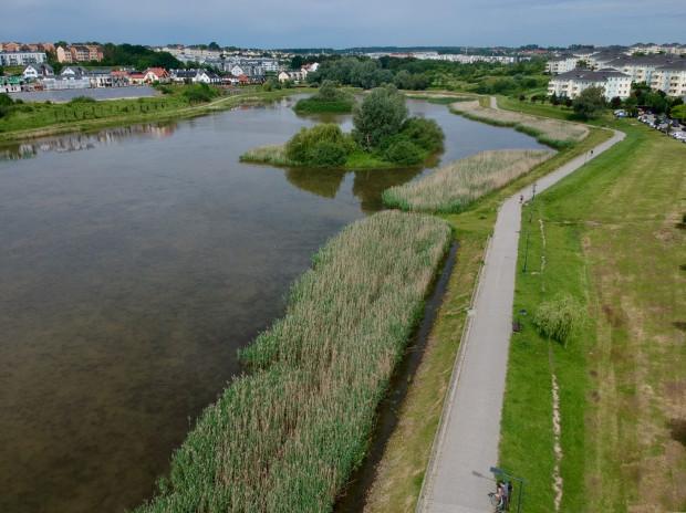 Zbiornik Świętokrzyska II jest największym zbiornikiem retencyjnym w Gdańsku.