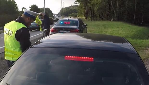 Policjanci z grupy Speed zajmą się problemem piratów drogowych na al. Adamowicza. Zdjęcie ilustracyjne.