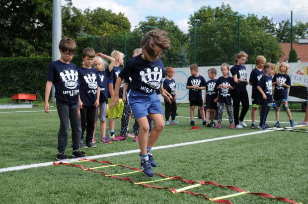 Organizatorzy sportowych półkolonii w Trójmieście stawiają na łączenie różnych dyscyplin.