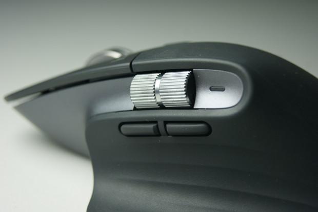 Logitech w trzeciej generacji MX Mastera ulepszył ułożenie bocznej rolki oraz dwóch przycisków funkcyjnych. Teraz korzysta się z nich jeszcze wygodniej.