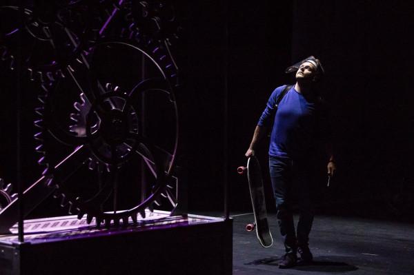"""Trwają próby do """"Wehikułu czasu"""" Bottigliero w reżyserii Tomasza Mana. Premiera 21 sierpnia wznowi działalność Opery Bałtyckiej po przerwie spowodowanej przez pandemię koronawirusa."""