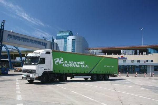 C.Hartwig Gdynia SA jest operatorem logistycznym, działającym na rynku krajowym imiędzynarodowym.