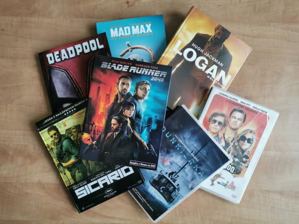 Platformy streamingowe coraz zacieklej konkurują z rynkiem DVD/Blu-ray. Bez wychodzenia z domu mamy dostęp do ulubionych tytułów i premier. Po DVD sięgamy dziś raczej okazjonalnie lub w celach kolekcjonerskich.