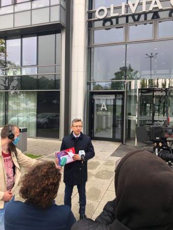 Poseł Rutka nie odpuszcza i zapowiada złożenie wniosku do prokuratury.