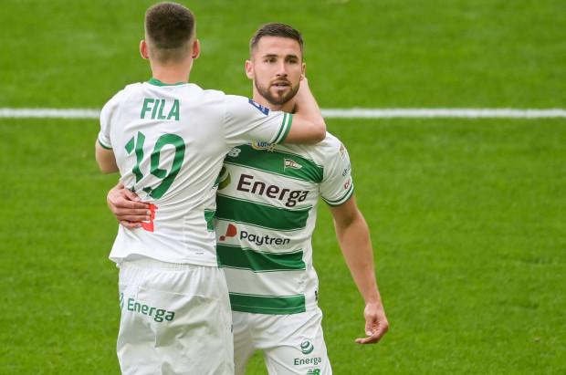 Łukasz Zwoliński już pięć razy od kolegów z Lechii Gdańsk przyjmował gratulacje po strzelanych golach. Duża liczba zdobywanych goli ma być znakiem rozpoznawczym biało-zielonych już na stałe.