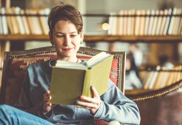 Domowa biblioteczka jest marzeniem każdego mola książkowego.