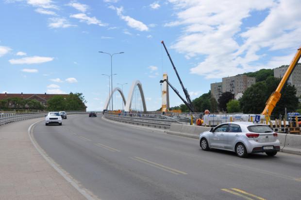 Zgodnie z harmonogramem przejezdność na drugiej nitce wiaduktu zostanie zapewniona w IV kwartale 2020 r.