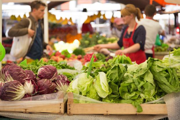 Jeśli chcemy uzyskać naprawdę smaczne danie, powinniśmy wybierać produkty sezonowe, dojrzałe i dobrej jakości.