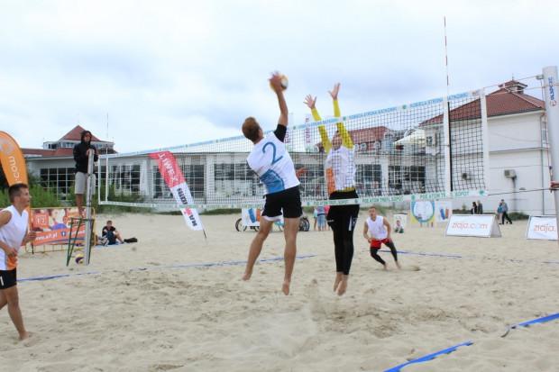 Na trójmiejskich plażach przez całe lato będzie można zagrać m.in. w turniejach siatkarskich.