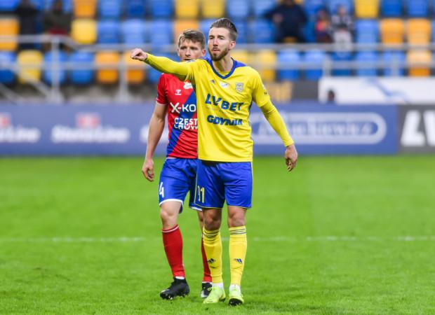 Fabian Serrarens strzelił jednego gola w całym sezonie ekstraklasy. Natomiast w ostatnim spotkaniu z Zagłębiem Lubin (3:2) miał udział przy wszystkich trzech golach dla żółto-niebieskich. Teraz Holender chce mieć swój udział w utrzymaniu w ekstraklasie.