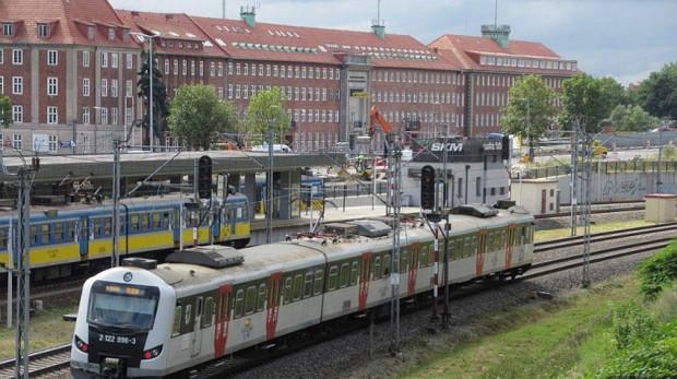 Od 1 lipca ceny biletów SKM i Polregio zostaną zrównane. Będzie się to wiązało z podwyżką cen dla pasażerów SKM i obniżką dla jeżdżących Polregio.