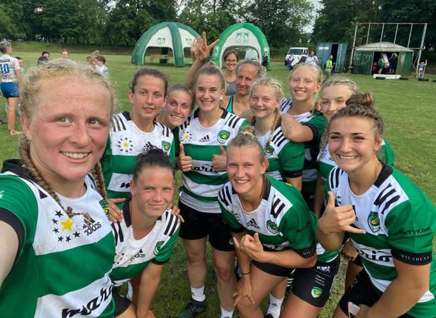 Biało-Zielone Ladies Gdańsk - triumfatorki turnieju w Warszawie.