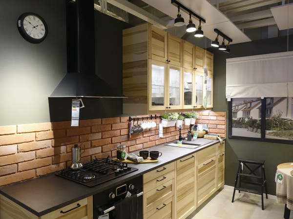 Nowe wnętrza IKEA Gdańsk są nie tylko inspiracją, ale odzwierciedlają również najpopularniejsze układy kuchni w blokach.