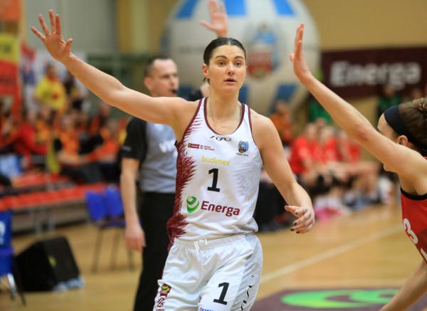 Alice Kunek w sezonie 2018/19 grała w Enerdze Toruń. Ostatni rok spędziła natomiast w ojczystym Eltham Wildcats.
