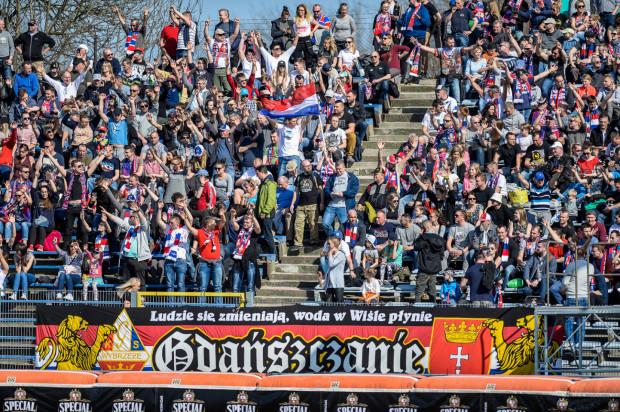 Na takie obrazki musimy jeszcze poczekać. Na razie, na inaugurujący mecz Zdunek Wybrzeże Gdańsk - Unia Tarnów, będzie mogło obejrzeć 25 proc. powierzchni trybun, czyli 2167 kibiców.
