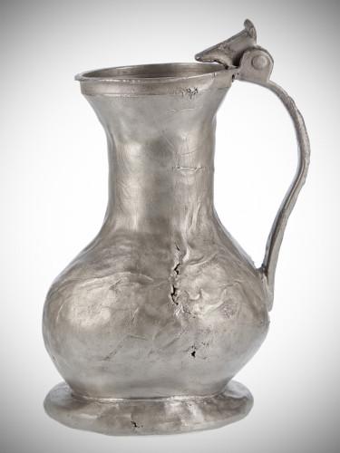 Konew cynowa z XV-XVI wieku.