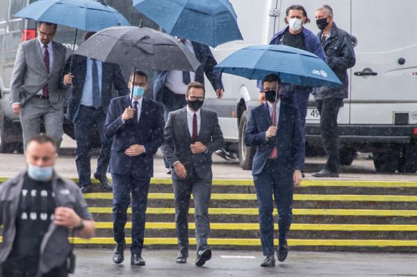 Premier i przedstawiciele rządu przyjechali przed południem do Gdyni, by podpisać porozumienie ws. współpracy między Centralnym Portem Komunikacyjnym i Portem Gdynia.