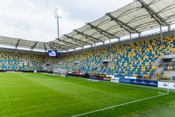 W latach 2011-16 o stadionie w Gdyni mówiono, że jest najładniejszy w I lidze. Ile lat tym razem przy ul. Olimpijskiej nie będziemy oglądać ekstraklasy?