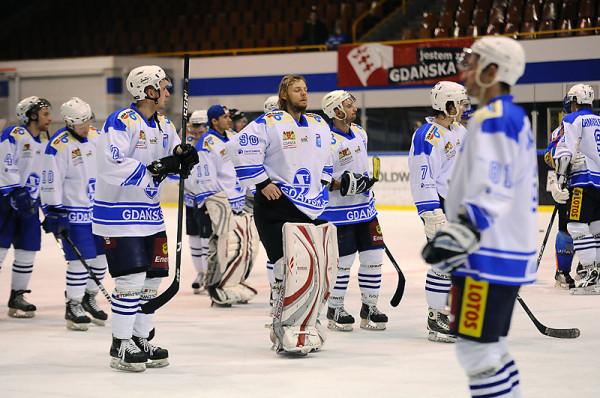 Hokeiści Stoczniowca Gdańsk przyjęci zostali do Polskiej Hokej Ligi. Tak prezentowała się drużyna w 2011 roku, gdy po raz ostatni grała w krajowej elicie.