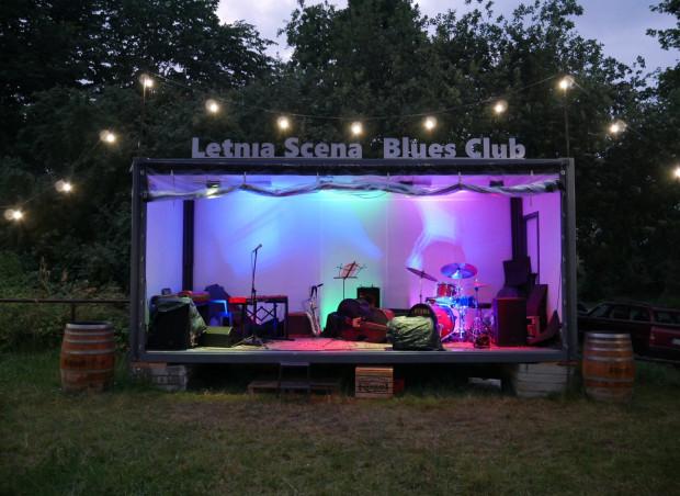 Na Letniej Scenie Blues Clubu codziennie odbywają się ciekawe koncerty.