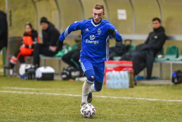 Bałtyk Gdynia pozyskał trzech nowych piłkarzy, ale także wykupił z Arki Gdynia Mateusza Gułajskiego, który był wypożyczony w trakcie poprzedniego sezonu.
