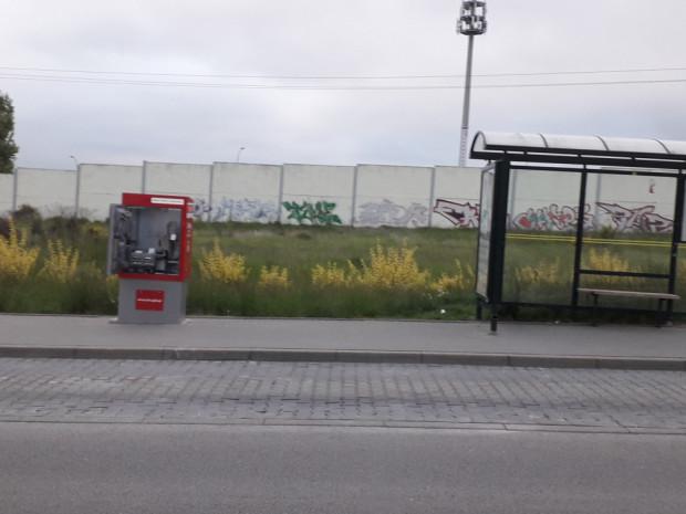 Tylko w ostatnich tygodniach odnotowano dziewięć prób kradzieży gotówki z biletomatów. Mennica Polska przyznaje, że to wyjątkowa sytuacja w skali całego kraju.
