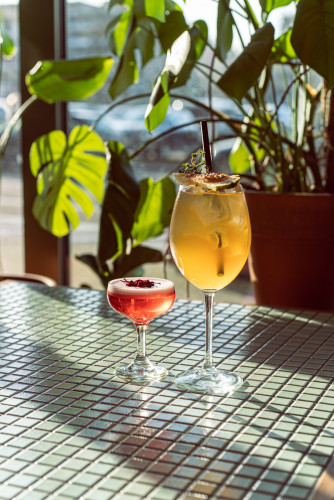 W karcie Neon Streetfood Baru znajduje się sporo propozycji, które będą idealnym wyborem na ciepłe dni.
