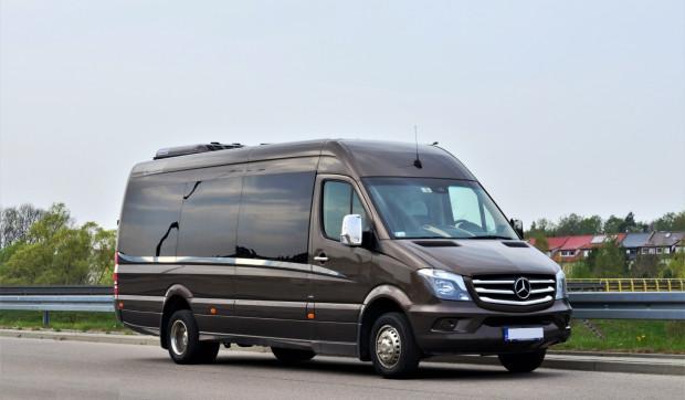 Bus marki Mercedes Sprinter