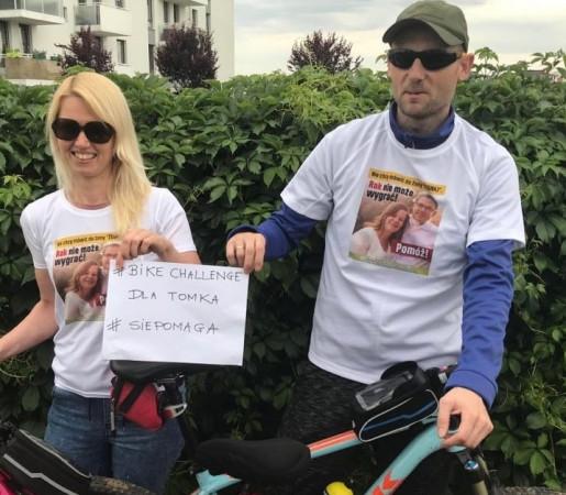 Magdalena i Paweł z Gdyni wyruszyli ze Świnoujścia do Gdyni. Rowerami pokonają ponad 400 km.