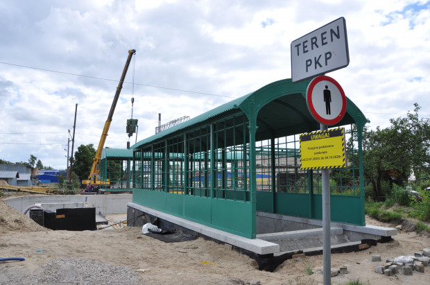 Choć z pozoru może wydawać się, że wkrótce do Wrzeszcza Dolnego znów pojadą kolejki SKM, to nowy przystanek na razie nie będzie służył podróżnym. Został odtworzony, bo tak chciał konserwator zabytków.