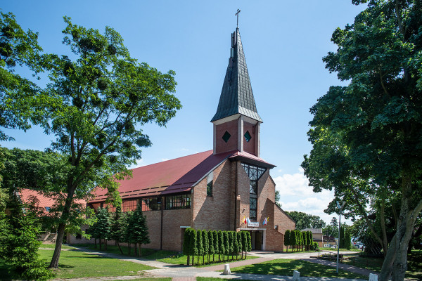 Kościół Matki Boskiej Saletyńskiej w Sobieszewie