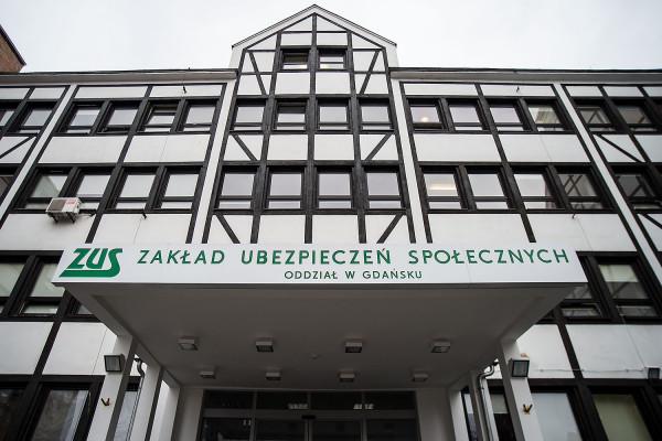 Zakład Ubezpieczeń Społecznych na Pomorzu wypłacił prawie 307 mln zł postojowego.