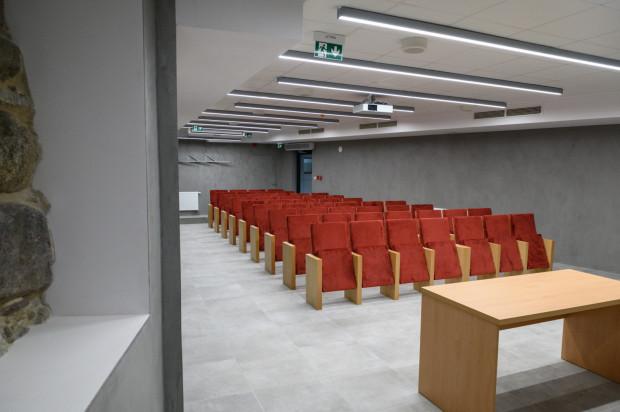 Sala multimedialna pod Bazyliką Mariacką.