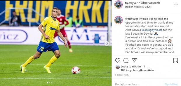 Tak za pośrednictwem Instagrama Fredrik Helstrup pożegnał się z Arką Gdynia, w której przez trzy lata rozegrał 80 oficjalnych meczów i strzelił 1 gola. Kontrakt duńskiego obrońcy wygaśnie 30 lipca.