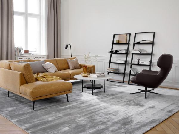 Sofa Carlton - zaoszczędź 23 proc. Cena regularna 17 492 zł, cena po rabacie 13 469 zł.