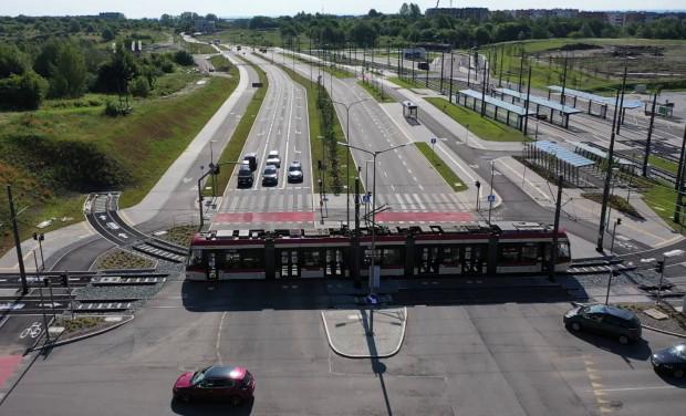 Docelowo trasa tramwajowa Nowa Warszawska połączy się z al. Adamowicza. Stanie się to najwcześniej w połowie 2022 roku.