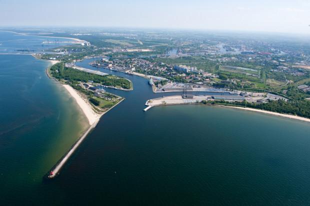 Na zlecenie prokuratury agenci CBA sprawdzali dokumenty związane z inwestycjami OT Logistic w gdańskim porcie.