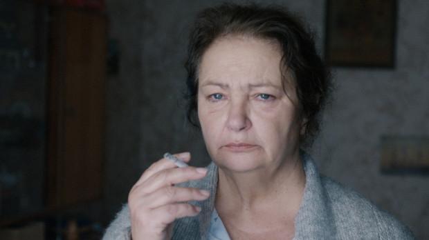 """W """"Dniu babci"""" Miłosza Sakowskiego główną rolę zagrała Anna Dymna. To jeden z wielu przykładów, gdy znani aktorzy wspierają dyplomowe projekty absolwentów Gdyńskiej Szkoły Filmowej."""