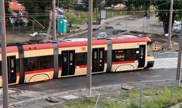 Tramwaj jadący przez Stogi będzie kursował szybciej - w sierpniu zamiast do 5 km/h rozpędzi się do 10 km/h.