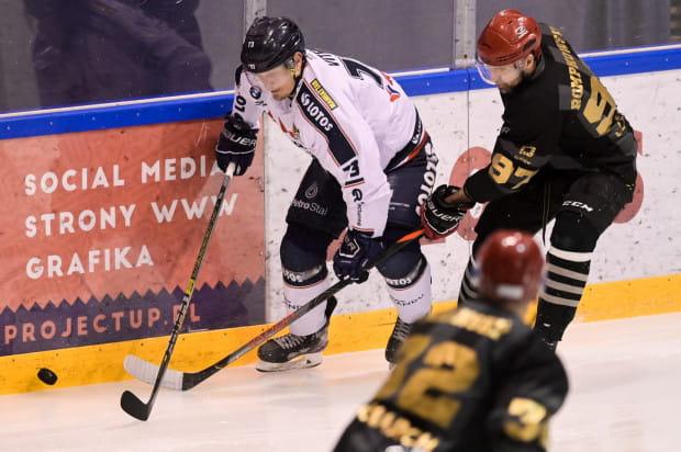 Hokeiści Stoczniowca pierwszy mecz w Hali Olivia zagrają 13 września. Na zdjęciu Josef Vitek, jeszcze w barwach Lotosu PKH.
