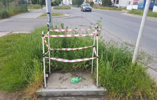 Na początku czerwca usunięto biletomat przy ul. Piotrkowskiej na Ujeścisku. Do dziś nie wrócił, a wcześniej był regularnie zepsuty.