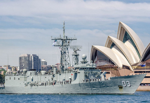 Australijska fregata typu Adeleide. Polska długo zastanawiała się nad ich kupnem, ostatecznie nie zdecydowała się na transakcję.