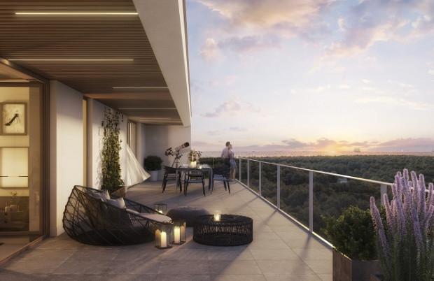 Najważniejszą zaletą mieszkań na wyższych piętrach jest widok, który roztacza się okien oraz większa kameralność - tu nie widać okien sąsiadów.