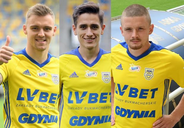 Artur Siemaszko (z lewej), Mikołaj Łabojko (w środku) i Łukasz Soszyński (z prawej) podpisali trzyletnie kontrakty z Arką Gdynia.