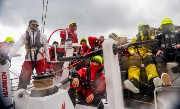 Załoga Volvo Ocean 65 Sailing Poland wyznaczyła pierwsze rekordy na trasach  Gdynia - Bornholm - Gdynia i Gdynia - Gotlandia - Gdynia. Zamierza je poprawić jeszcze w sierpniu.