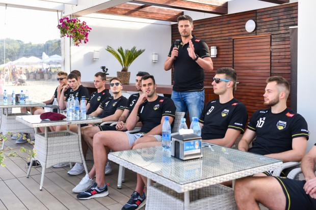 Spotkanie siatkarzy Trefla Gdańsk z kibicami (17 lipca) poprzedziło start przygotowań do nowego sezonu. Obecnie ich okres jest skrócony ze względu na izolację zespołu.