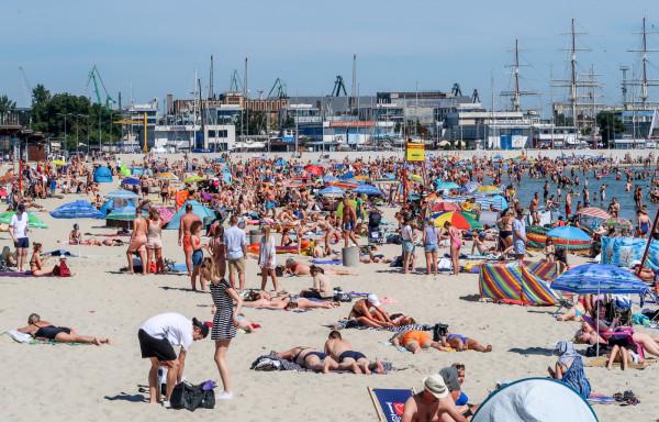 Sezon turystyczny w Trojmieście trwa w najlepsze, a wraz z nim trwa internetowy handel rządowymi bonami na dofinansowanie wakacji.