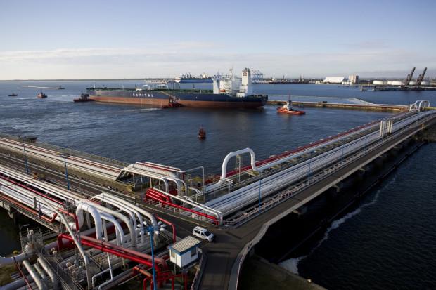 Naftoport jest jednym z największych naftowych terminali przeładunkowych na Bałtyku.