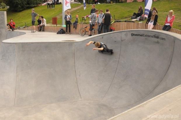 Gdynia posiada skatepark z prawdziwego zdarzenia. Ten jeden z najnowocześniejszych w północnej Polsce obiektów tego typu zajmuje teren 1500 m kw.