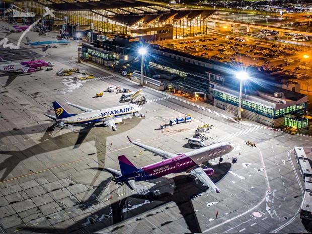 W lipcu z gdańskiego lotniska skorzystało 154 tys. pasażerów.